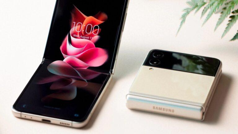 How to Install Galaxy Z Flip 3 Stock Live Wallpapers on any Android Smartphone